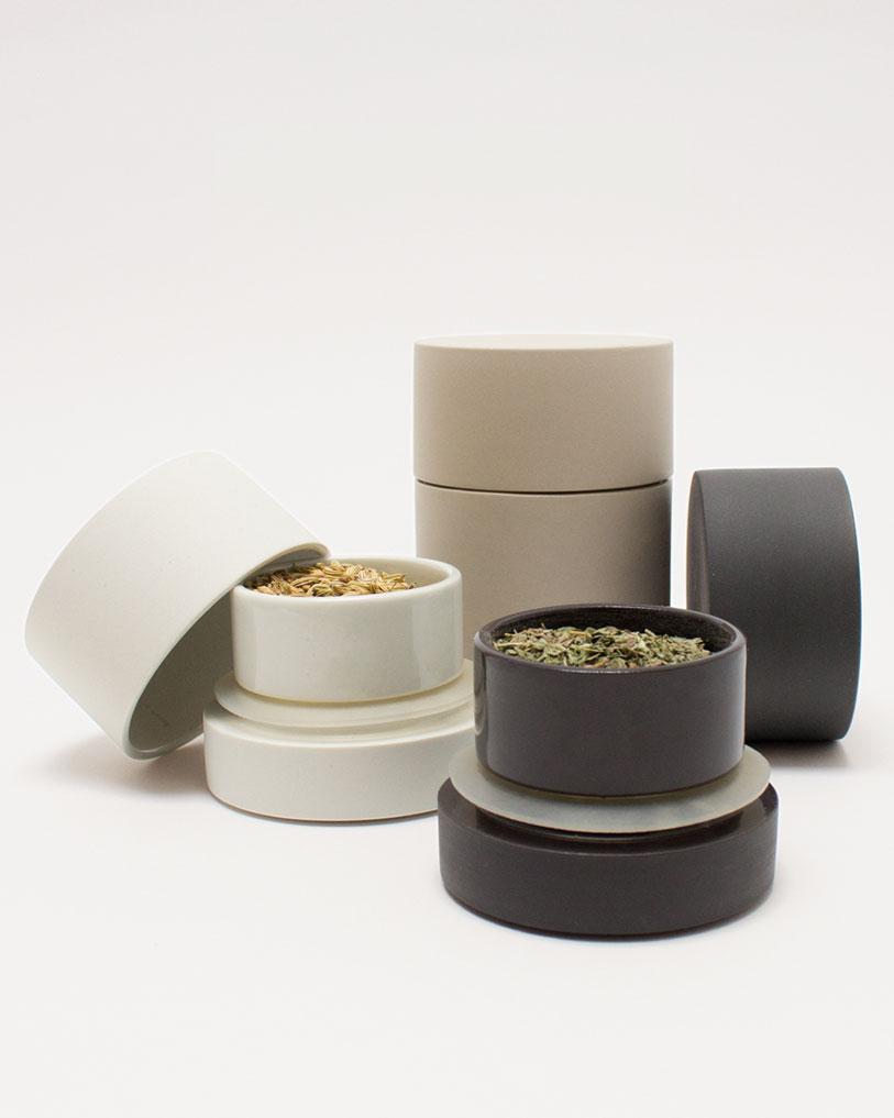 Husk Ceramics jars voorraadpot handmade